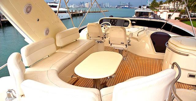 Komacel boat